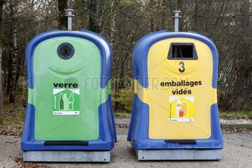 Containers for waste separation in a car park on the A40