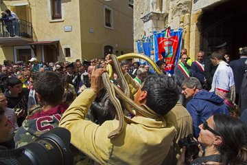 Preparations of snakes - Snakes Ceremony Cocullo Italy