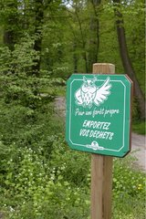 Information panel in the forest of Meudon