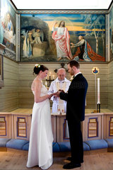 Sweden.Hindas.Wedding in an Evangelical Lutheran Church. A wedding in Sweden may take place either in a church or before a civil authority. The Church of Sweden professes the Lutheran branch of Christianity  and is a member of the Porvoo Communion. With a