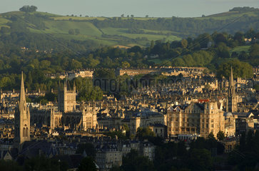 Bath  cityscape of the historical town  the cathedral and the abbey