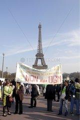 Manifestation Vote for the planet Trocadero Paris