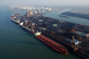 Port of Rotterdam  Europoort  aerial view of EECV  dry bulk terminal  coal and iron ore  ship Berge Nord