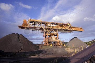Mining  iron ore. Tubarao Harbour. City: Vitoria  State: Espirito Santo  Brazil. Daytime  Economy  Environment  Industrial  Industry  Iron  Metal  natural resources.