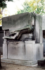 France.Paris: Pere la Chaise cemetery of the famous. Grave of Oscar Wilde (1854-1900). Irish writer.