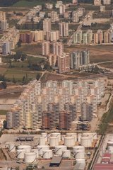Stockage d'hydrocarbure et immeubles Antalya Turquie