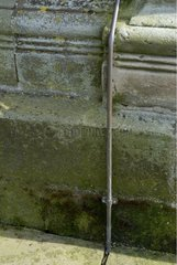 Cable descent of the lightning conductor fixed at the Church France