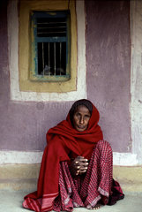 NDIA ; Gujarat. The Kutch. Woman in the tribal (s.c. scheduled tribes) village of Ludia.