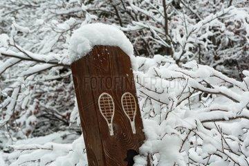 Snowshoe sign under snow on the Mont Ventoux - France