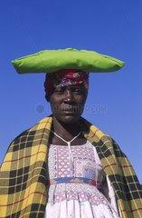 Femmes Hottentots dans leurs habits traditionnels