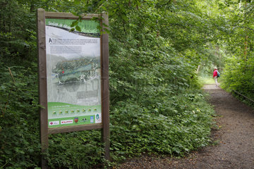 Information board on the discovery trail of Maincourt in the Regional Natural Park of the Upper Chevreuse Valley near Dampierre-en-Yvelines  Ile-de-France  France