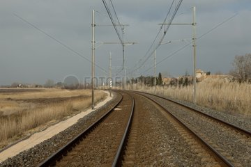 Geotextile against the growth of vegetation near a railroad