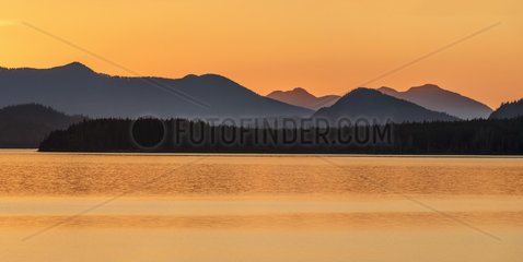 Twilight on the Pacific coast. Kennedy Lake Provincial Park  south of Tofino  Vancouver Island  British Columbia  Canada