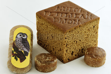 Specialties of the city : Mulot and Petitjean spice breads  with the cut  Nonnette de Dijon  Owl figurine  gingerbread  Dijon blackcurrant  Dijon  Cote d Or  France
