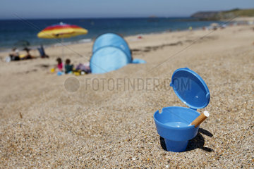 Beach ashtrays distributed by the municipality of Plerin  Brittany  France