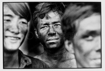 Miners' portrait mines Hectare Tu Vietnam