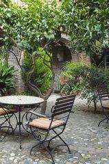 Garden set in a courtyard garden