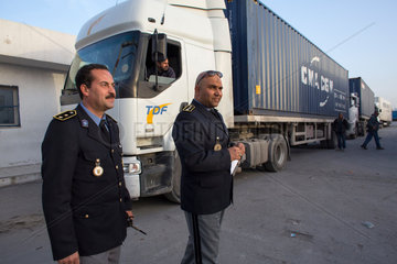 Truck scanner at the Tunisian border