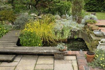 Garden terrace and pound