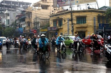 Trafic in the streets of Hanoï Vietnam