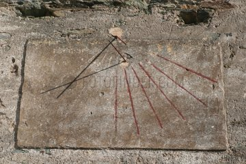 Old sundial indicating 10h50 Corsica