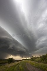 Mesocyclone degenerating into a multi-layered arcus South Dakota