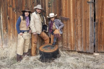 Cowboys family The Hideout Guest Ranch Wyoming USA