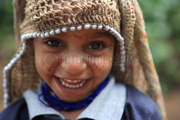 Boy with marriage cap Papua New-Guinea