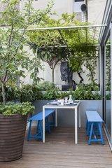 Urban garden terrace