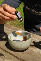 Mixing of an essential oil based natural fungicide