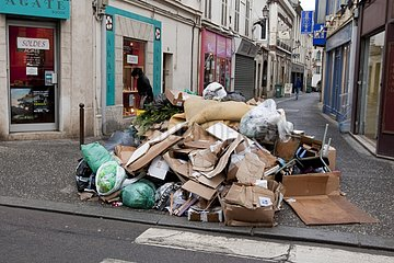 Garbage accumulating in the street during a strike France