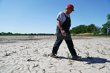 U.S.-MISSOURI-FARMER-INTERVIEW (????)TO GO WITH Interview: U.S. farm leader fears long recovery after historic floods  trade tensions