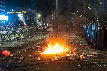 INDONESIEN-JAKARTA-WAHL-VIOLENT DEMONSTRATION INDONESIEN-JAKARTA-WAHL-VIOLENT DEMONSTRATION