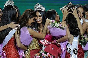 PHILIPPINEN-Quezon City-BINIBINING PILIPINAS-Schönheitsfestzug