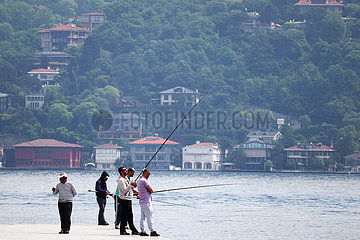 ISTANBUL-BOSPHORUS-EARLY SUMMER-VIEW
