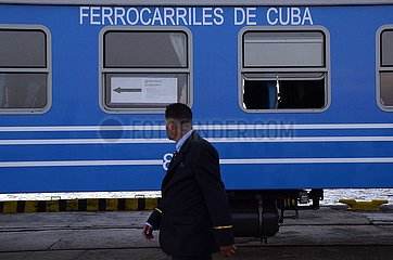 KUBA-HAVANA-CHINESE PKW-?BERGABE KUBA-HAVANA-CHINESE PKW-?BERGABE