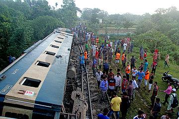 BANGLADESH-UNFALLS-Zugentgleisung BANGLADESH-UNFALLS-Zugentgleisung BANGLADESH-UNFALLS-Zugentgleisung BANGLADESH-UNFALLS-Zugentgleisung BANGLADESH-UNFALLS-Zugentgleisung BANGLADESH-UNFALLS-Zugentgleisung BANGLADESH-UNFALLS-Zugentgleisung BANGLADESH-UNFALLS-Zugentgleisung