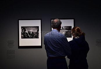 DEUTSCHLAND-DUSSELDORF-women SIND PHOTOGRAPHERS Ausstellung  () () DEUTSCHLAND-DUSSELDORF-women-SIND PHOTOGRAPH Ausstellung