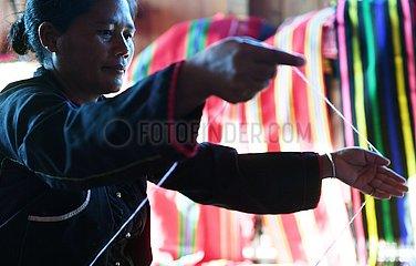 CHINA-YUNNAN-WA ethnische Gruppe-WEAVING EXPERIENCE WORKSHOP (CN) CHINA-YUNNAN-WA ethnischer Gruppe-WEAVING EXPERIENCE WORKSHOP (CN)
