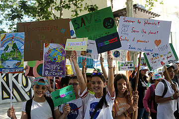 GREECE-ATHENS-STUDENTS-DEMONSTRATION-CLIMATE CHANGE (??)GREECE-ATHENS-STUDENTS-DEMONSTRATION-CLIMATE CHANGE