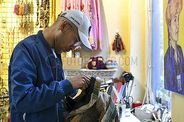 CHINA-XINJIANG-Kashgar-Kultur- und Kreativ SHOP (CN) CHINA-XINJIANG-Kashgar-Kultur- und Kreativ SHOP (CN)