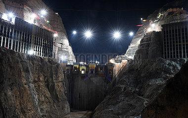 CHINA-WUDONGDE WASSERKRAFTWERK-CONSTRUCTION (CN)
