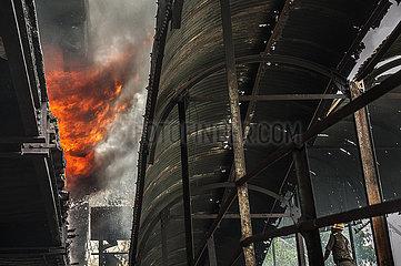 INDIA-KOLKATA-CHEMICAL STORAGE-FIRE