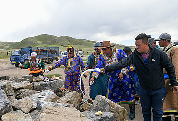 CHINA-INNER MONGOLIA-HERDSMEN-MIGRATION (CN)