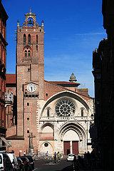 France  Haute Garonne  Toulouse  la Cath?drale Saint Etienne et son clocher du cardinal Jean dOrl?ans (XVI? si?cle)