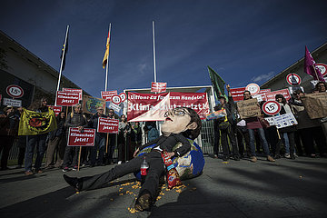 Climate Protest prior to German Weekly Government Cabinet Meeting