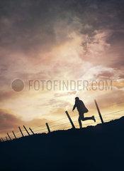 Silhouette eines Mannes p984m2072776