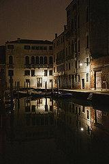Venedig bei Nacht p600m2076854