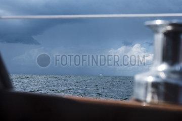 Boot in der Kieler Bucht p1257m2077401