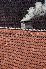 Rauch aus Kamin p248m2076914